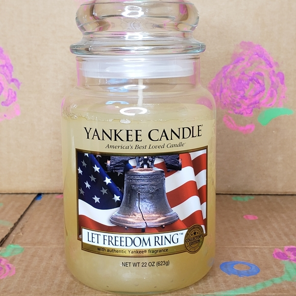 NEW YANKEE CANDLE 22 OZ JAR - LET FREEDOM RING